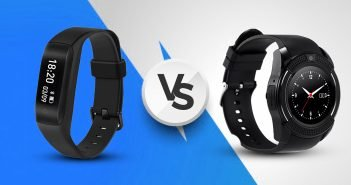 Fitness Tracker Vs Smartwatch: Which One Should You Buy?