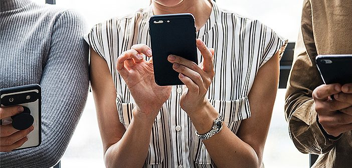 Factors-to-consider-before-buying-a-smartphone-in-2019